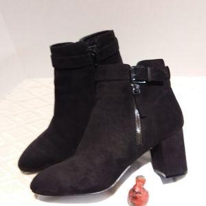 Black faux suede ankle boots-EUC